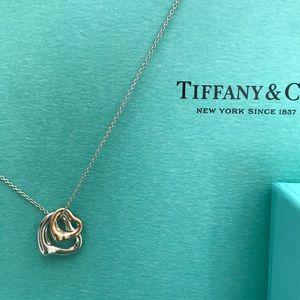 Tiffany Elsa Peretti double heart necklace